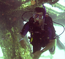 MidWest School of Diving in the Twin Cities, MN offers PADI Advanced Open Water Diving Courses and Certification