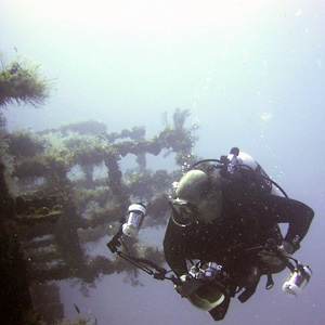 PADI Master Scuba Diver certification is offered by the MidWest School of Diving in the Twin Cities suburb of White Bear Lake, MN